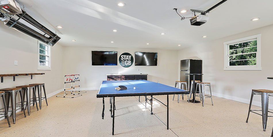 1086 Shadow Lane game room