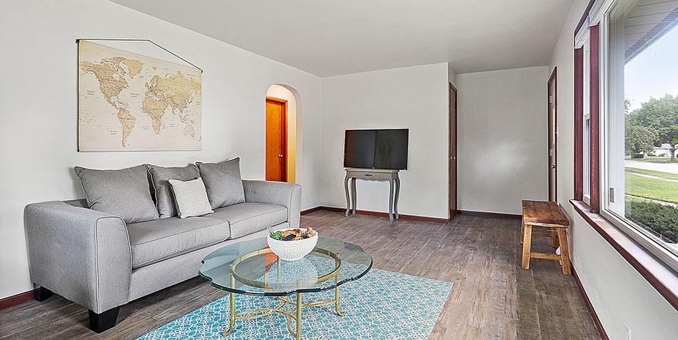 Thrush Street Living Room TV