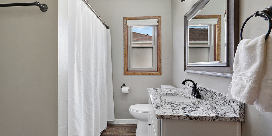 821 Royal Boulevard - Finished Bathroom